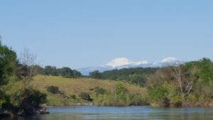 scenic sacramento river near red bluff ca